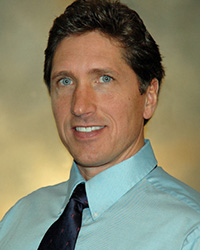 Dr. Michael Zoelle